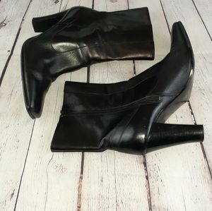 Nine West CatrinR Black Leather Ankle Boot 10.5